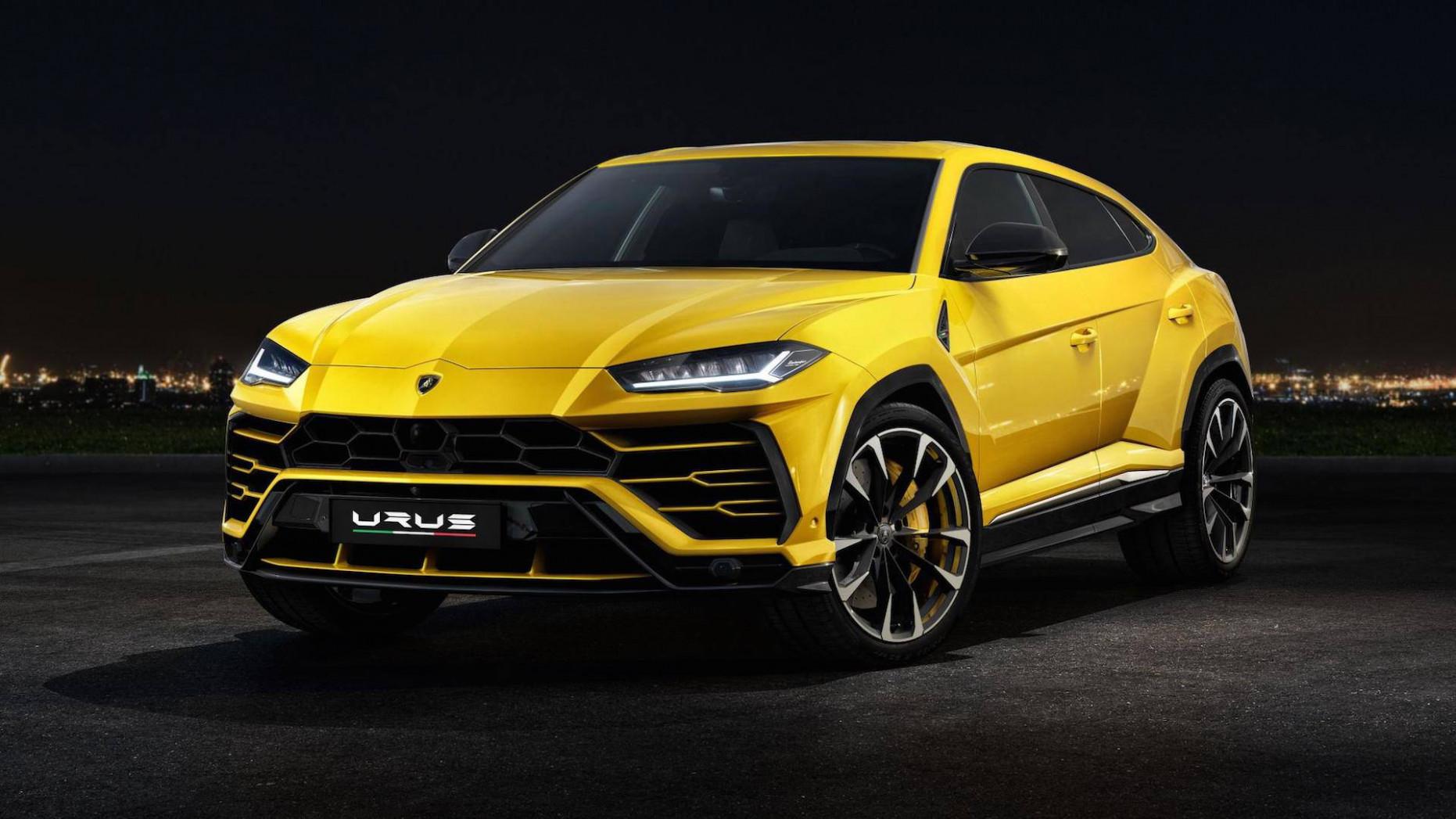 First Drive 2022 Lamborghini Urus