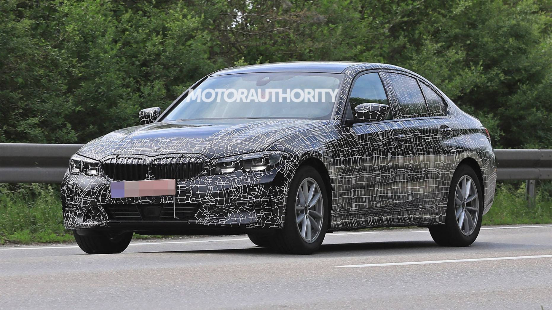 Release Date and Concept Spy Shots BMW 3 Series