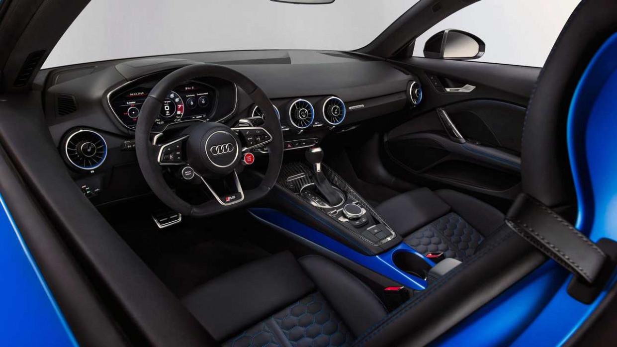 Overview 2022 Audi TT