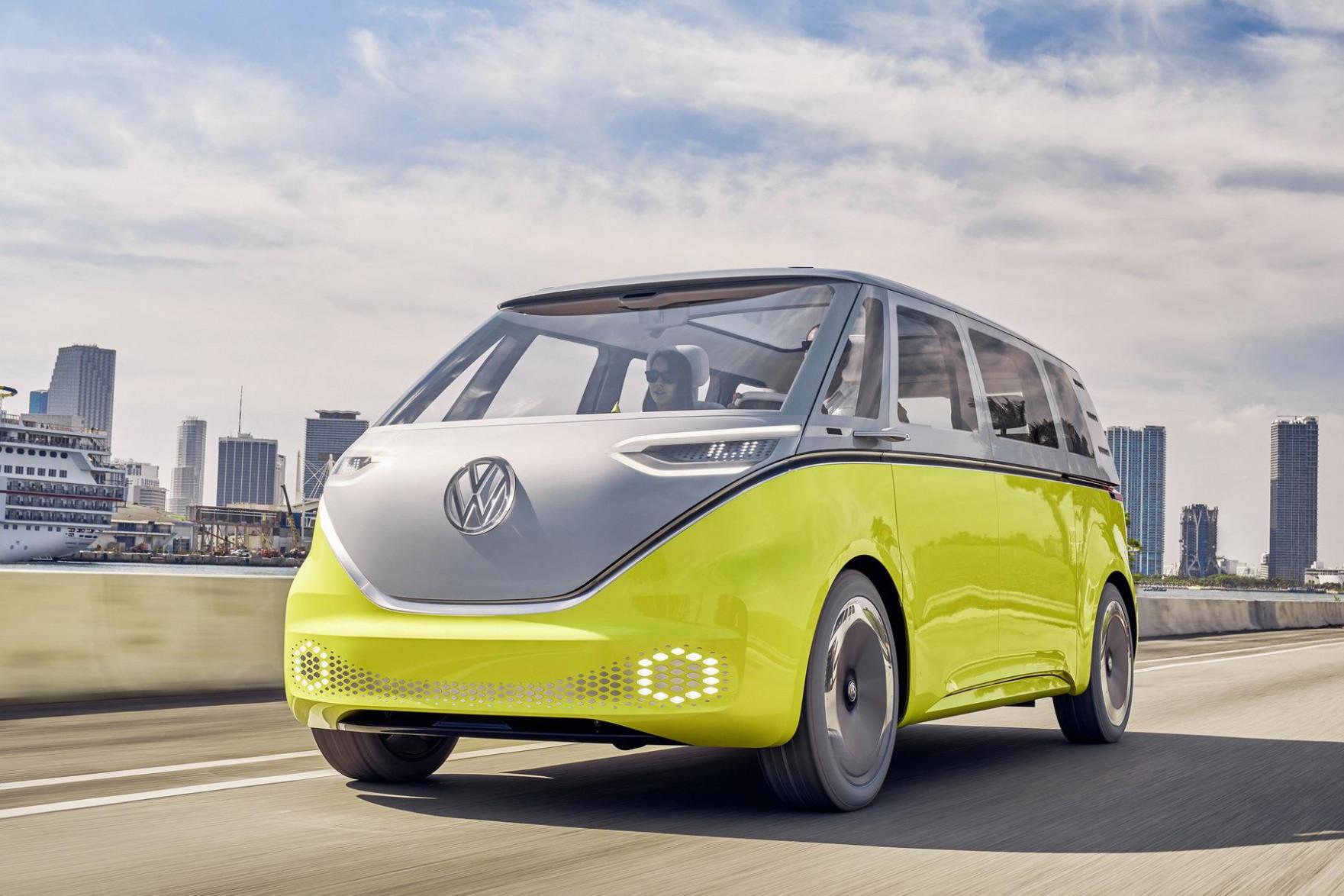 Spy Shoot 2022 VW Touran
