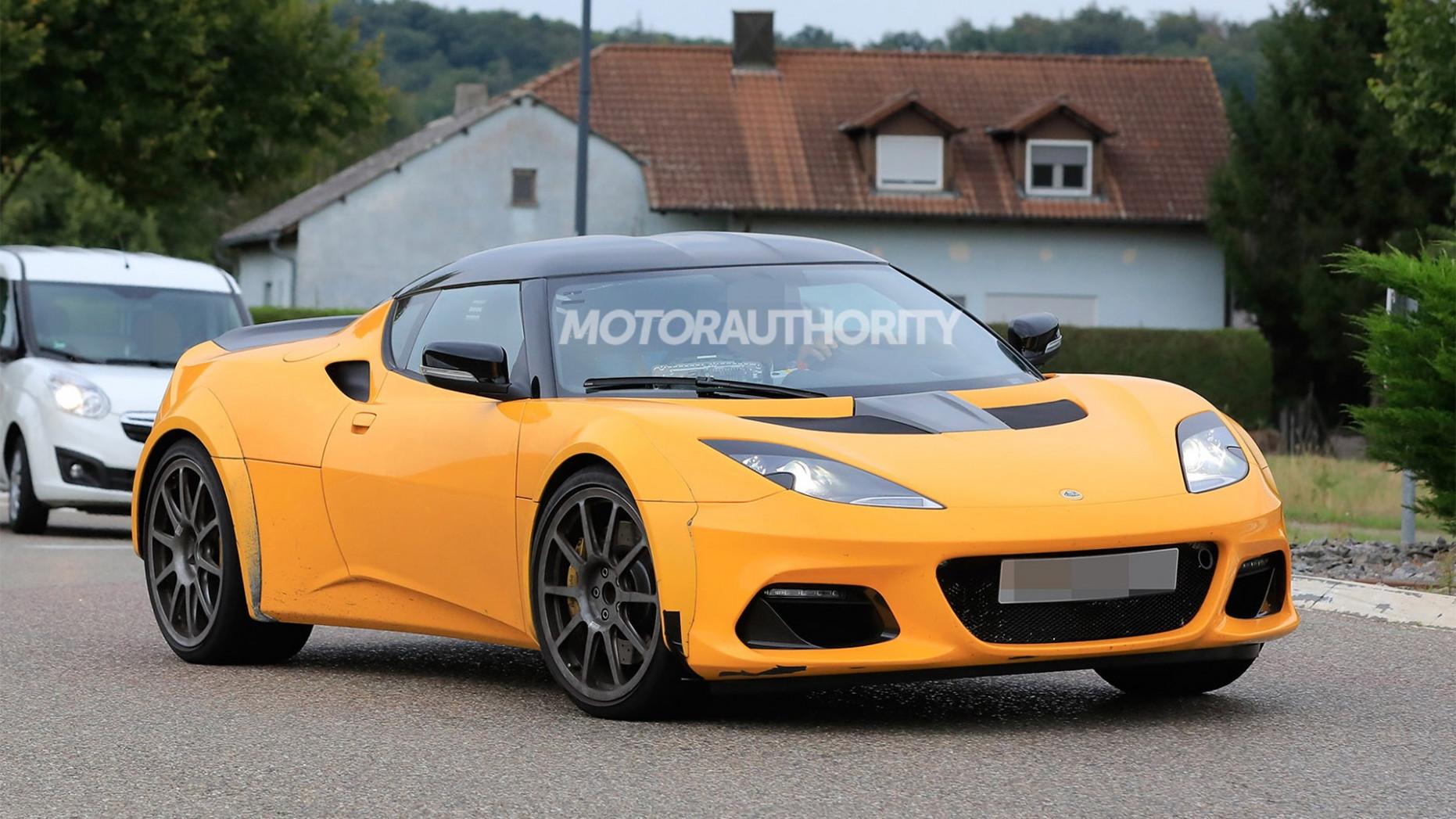 Review 2022 Lotus Evora