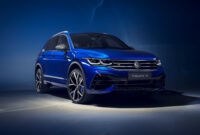 Research New 2022 VW Tiguan