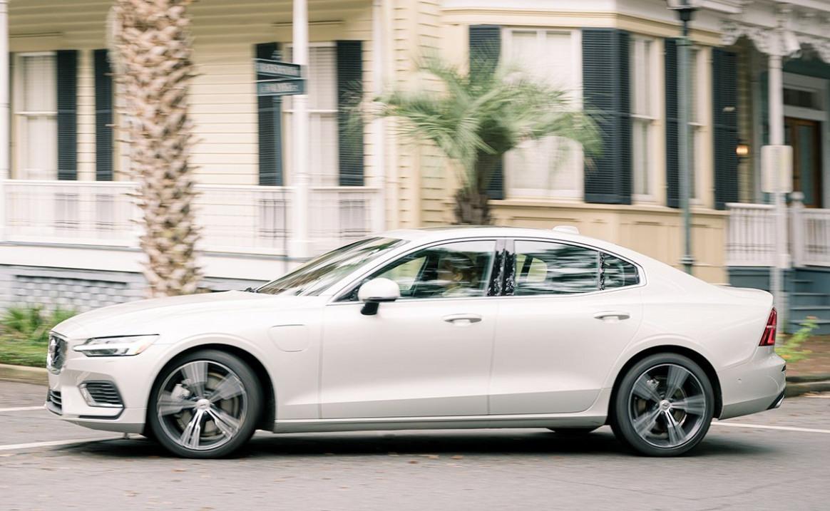 Photos Volvo Hybrid 2022