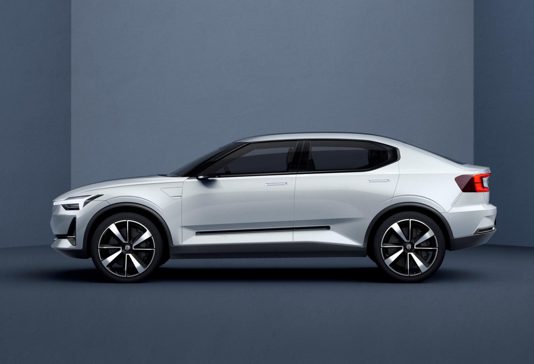 Ratings Volvo New V40 2022