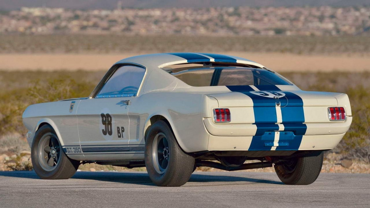 Exterior 2022 Ford GT350