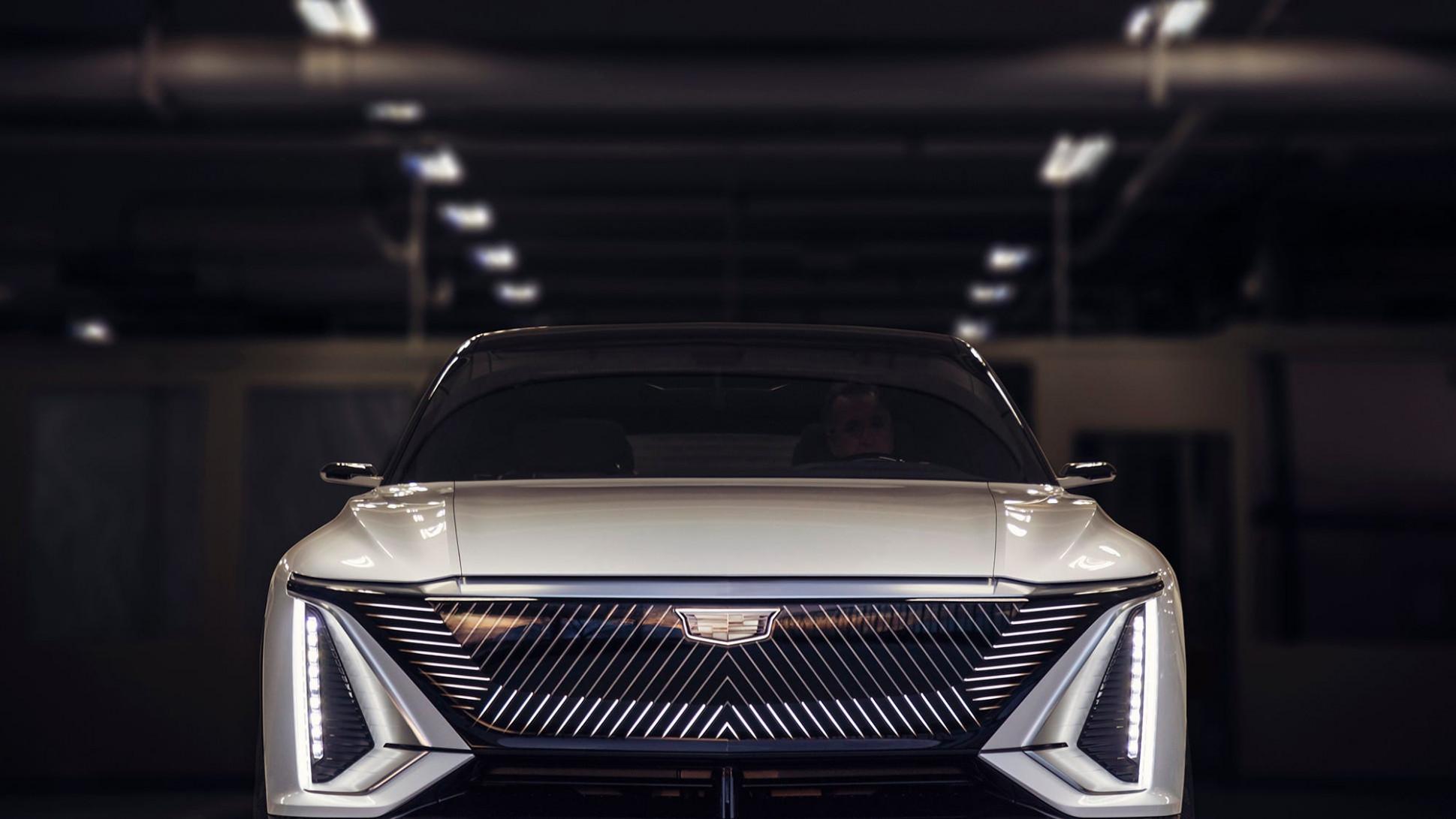 Pricing Cadillac Midsize Suv 2022