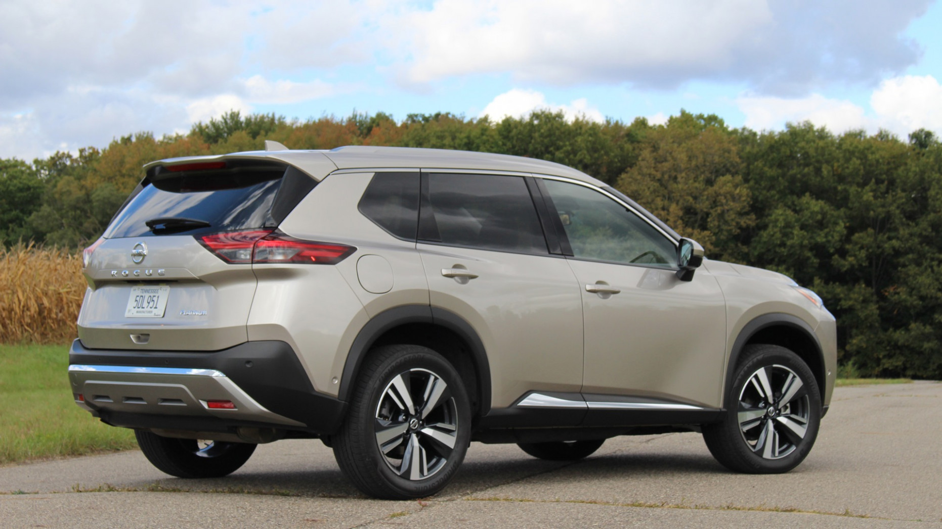 Pictures 2022 Nissan Rogue