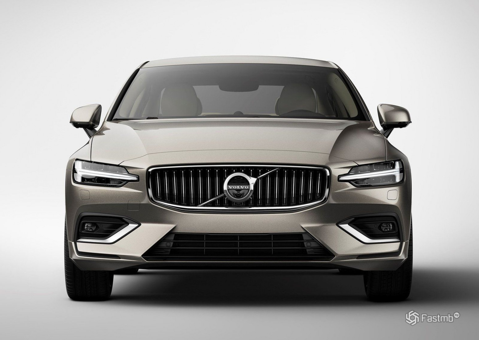 Overview 2022 Volvo S60 R