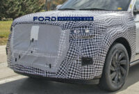 release date 2022 lincoln mks spy photos