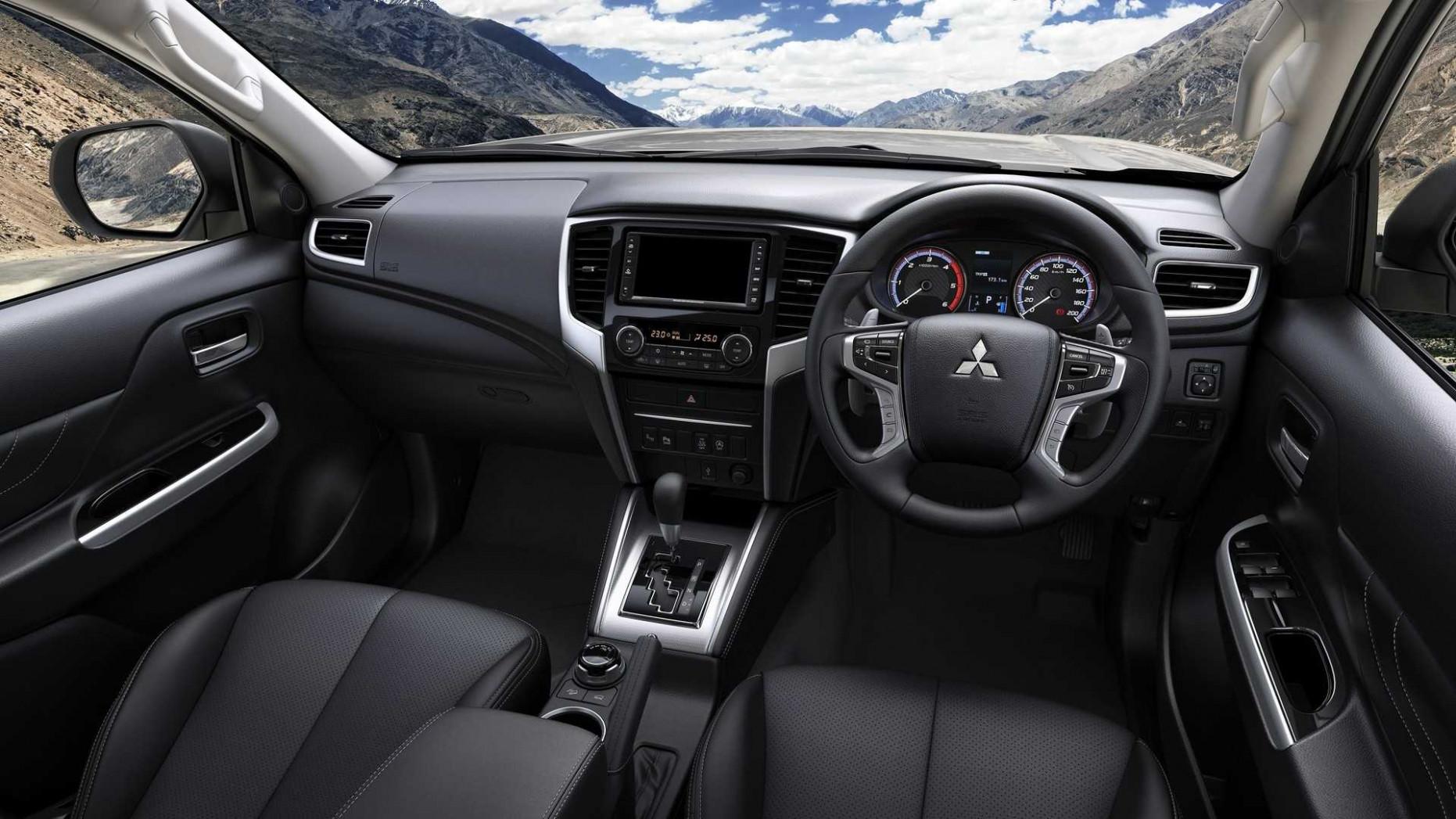 Configurations L200 Mitsubishi 2022 Interior