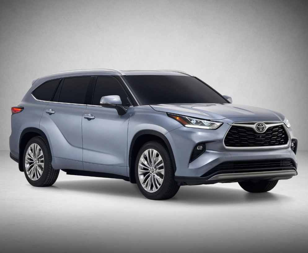 Exterior and Interior Toyota Highlander 2022 Interior