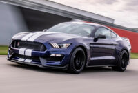 Research New Ford Gt500 Mustang 2022