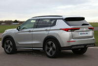 research new mitsubishi outlander 2022