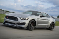review 2022 ford mustang shelby gt 350