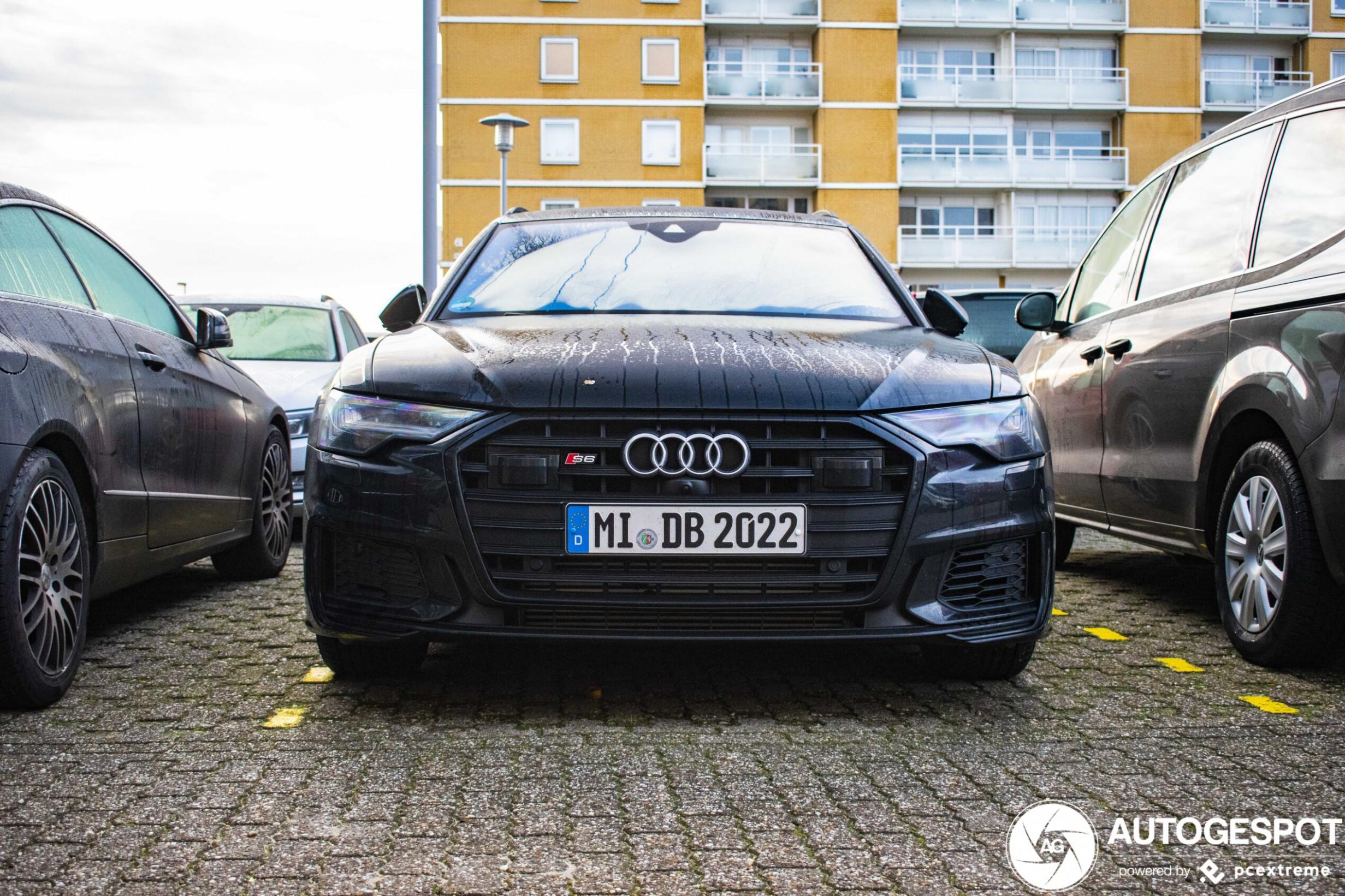 Pictures 2022 Audi S6