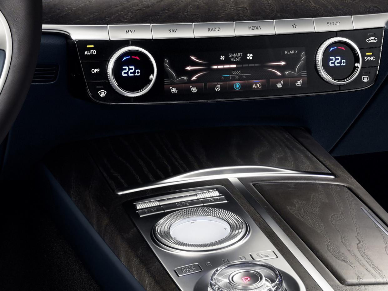 Specs and Review 2022 Toyota Quantum Interior