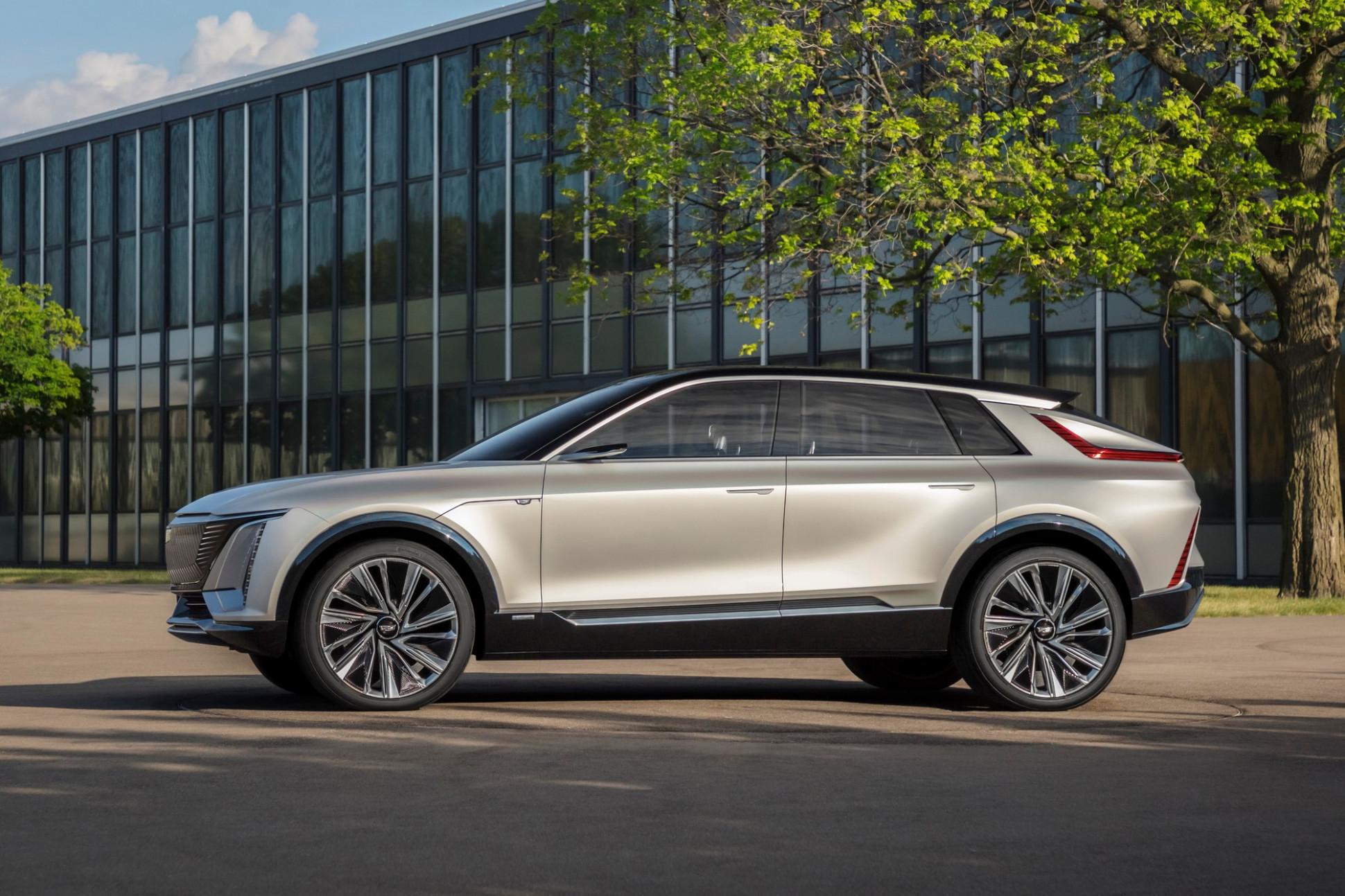 Interior Cadillac Suv 2022