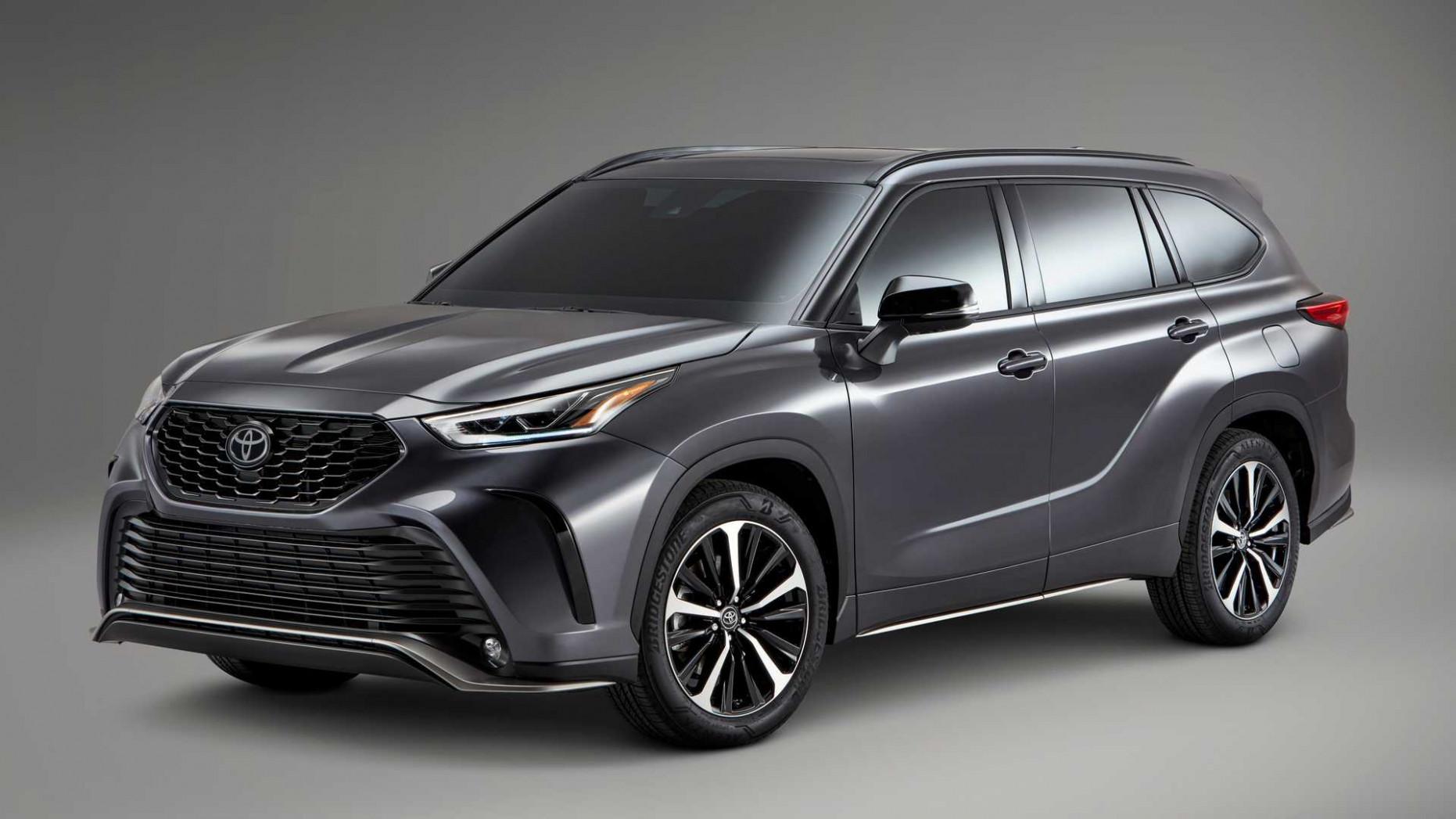 First Drive Toyota Highlander 2022 Interior