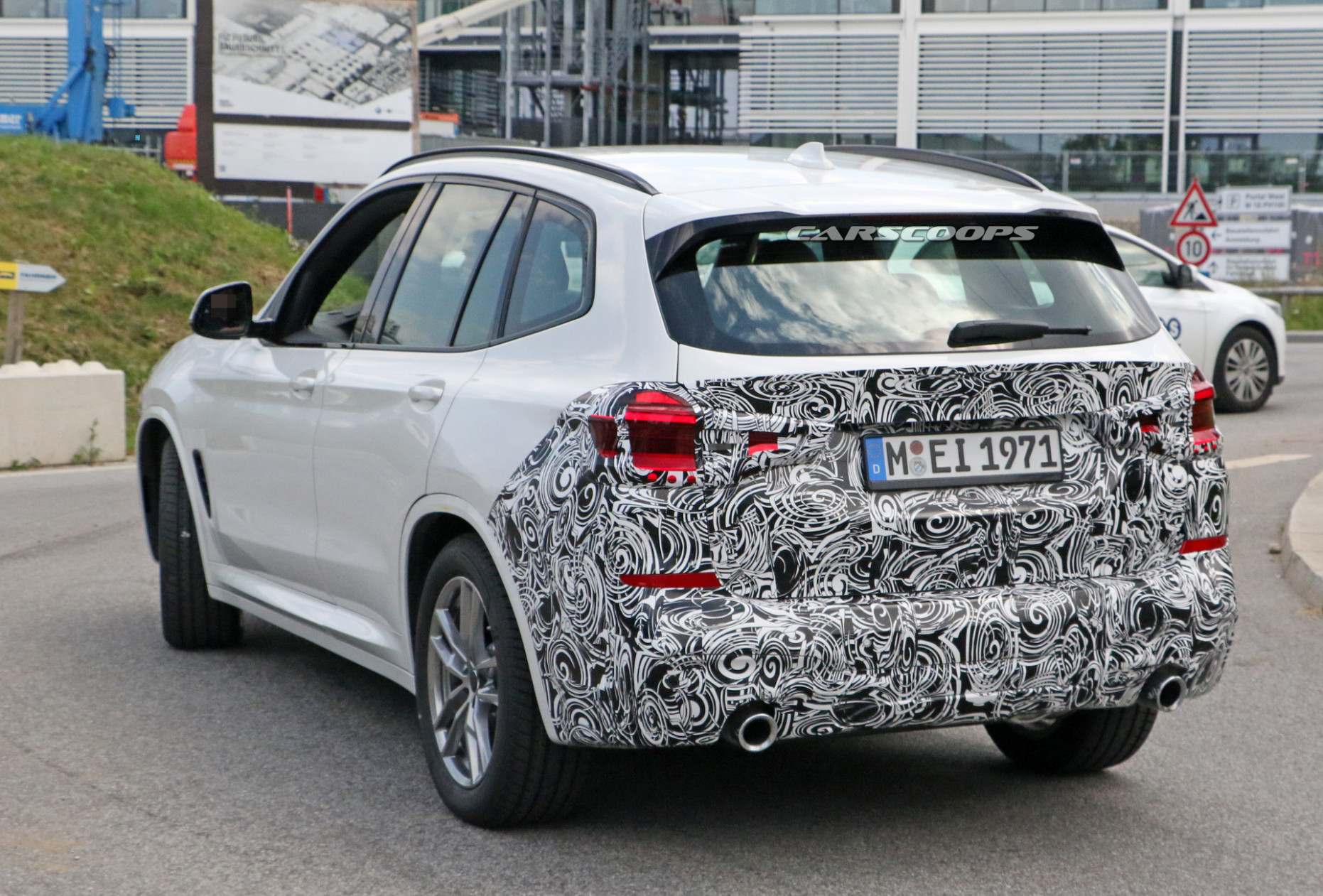 Spesification 2022 BMW X3 Hybrid