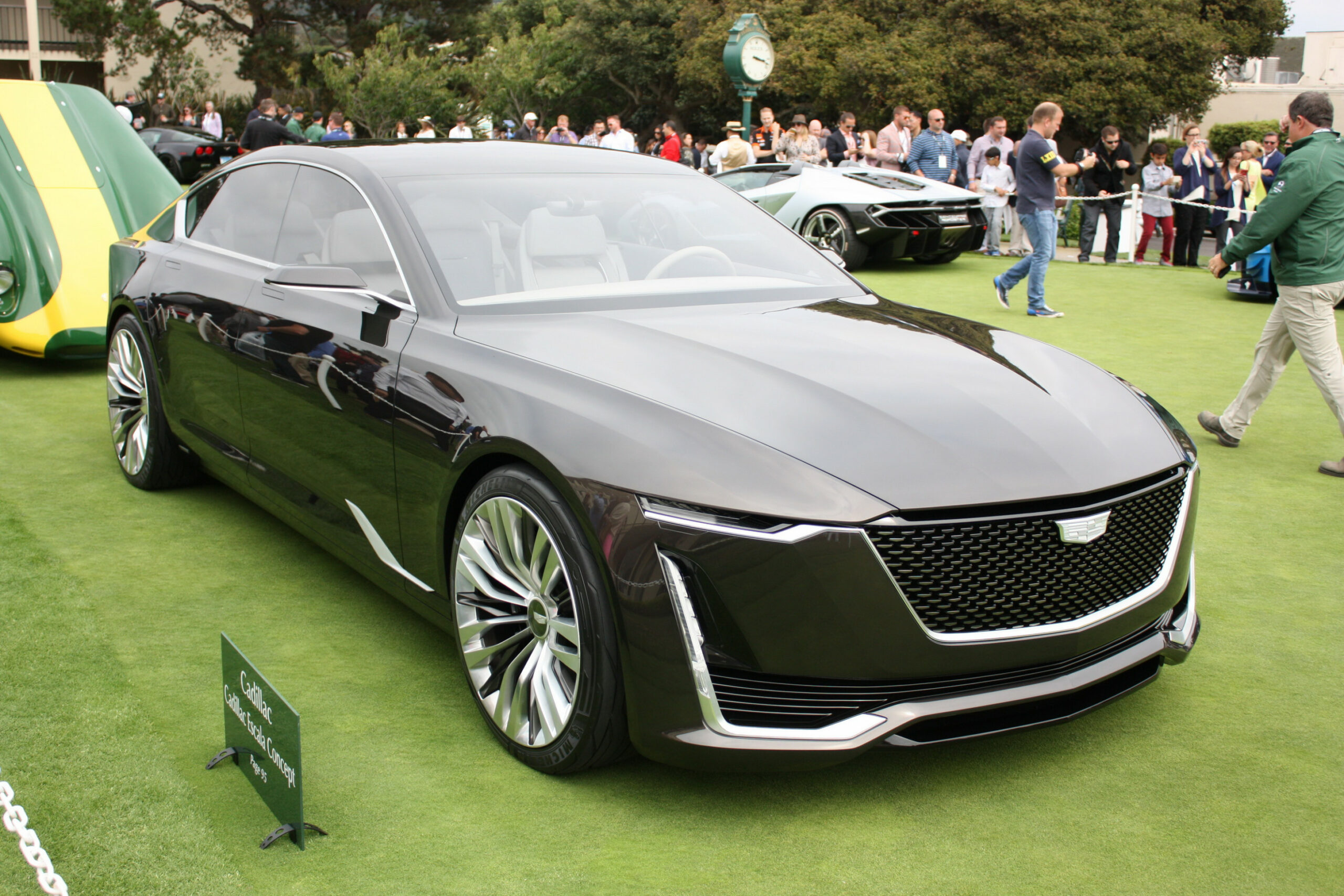 Redesign and Concept 2022 Cadillac LTS