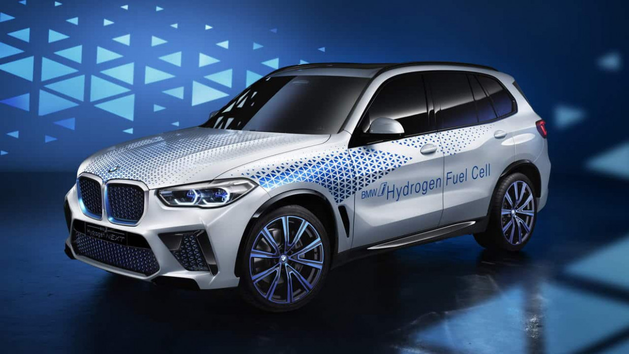 Exterior and Interior BMW Electric Suv 2022