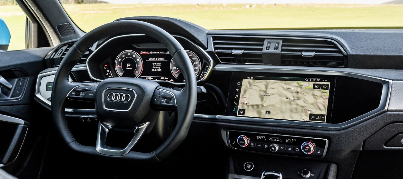 Pictures 2022 Audi Q3 Usa