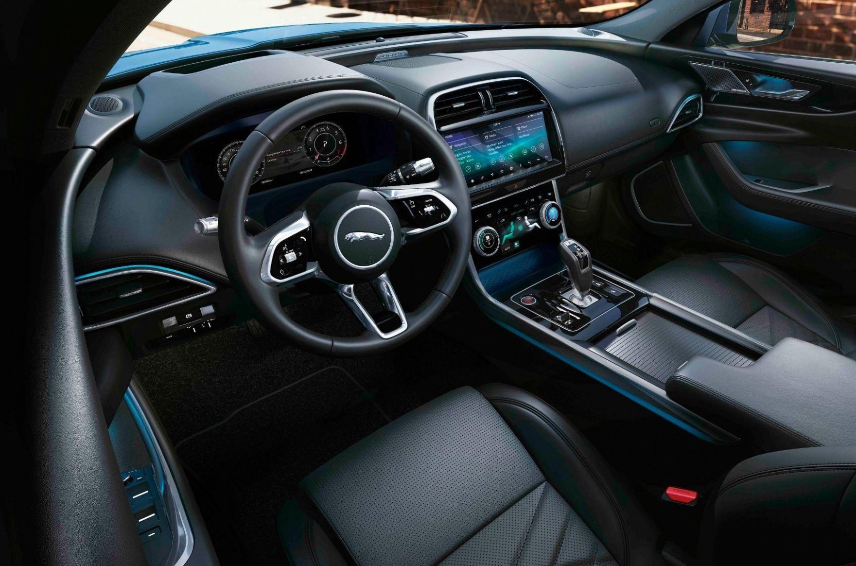 Configurations 2022 Jaguar Xe Review