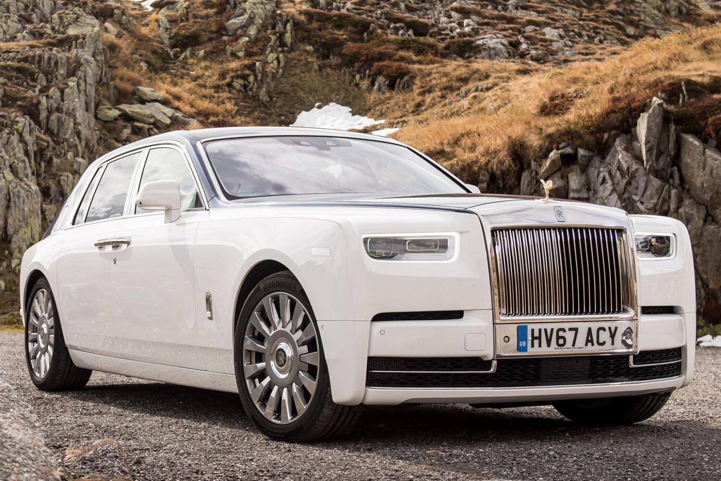 Exterior 2022 Rolls Royce Phantoms