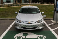 specs and review 2022 chevrolet volt