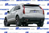 specs and review when will the 2022 cadillac xt5 be available
