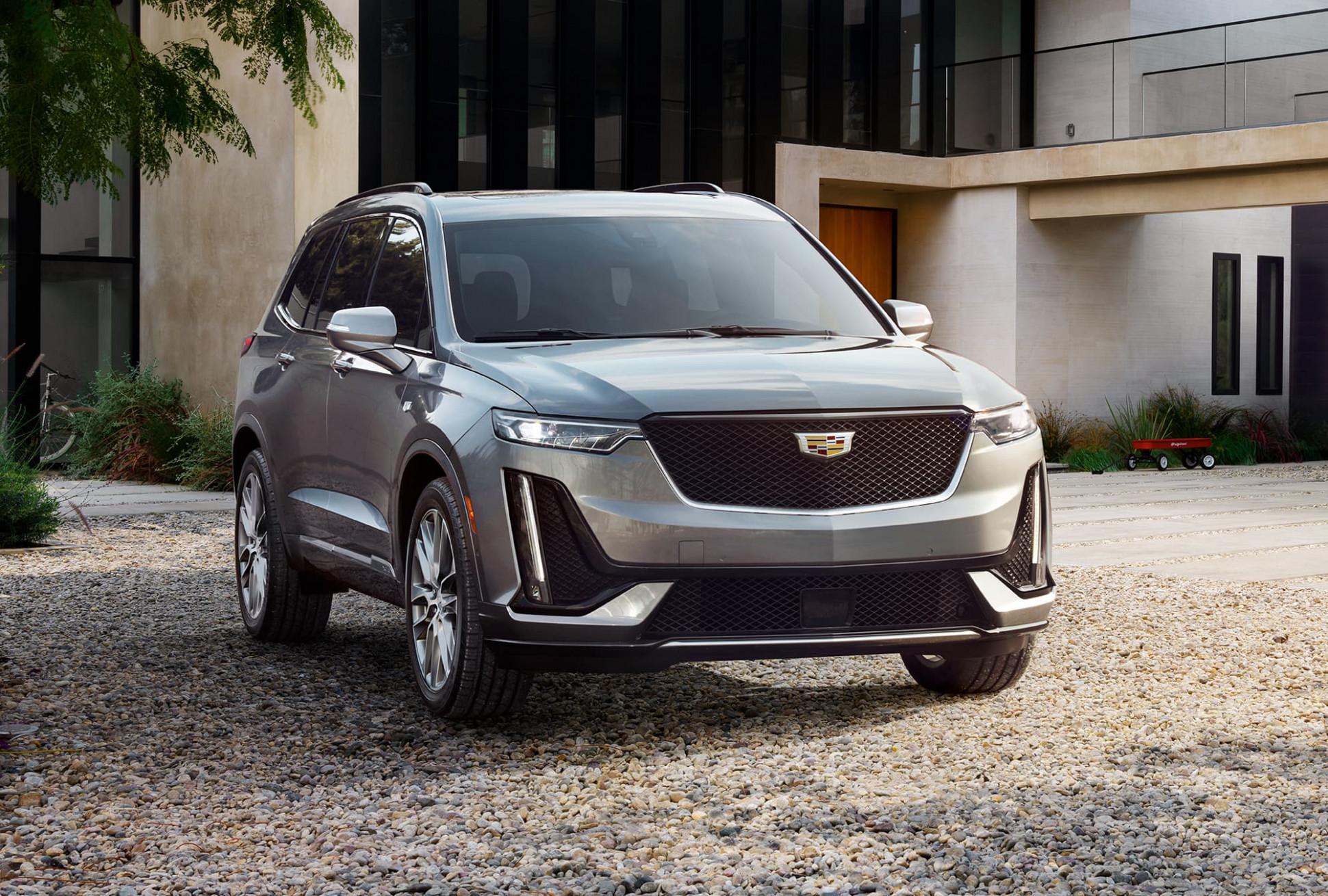 Picture Cadillac Midsize Suv 2022