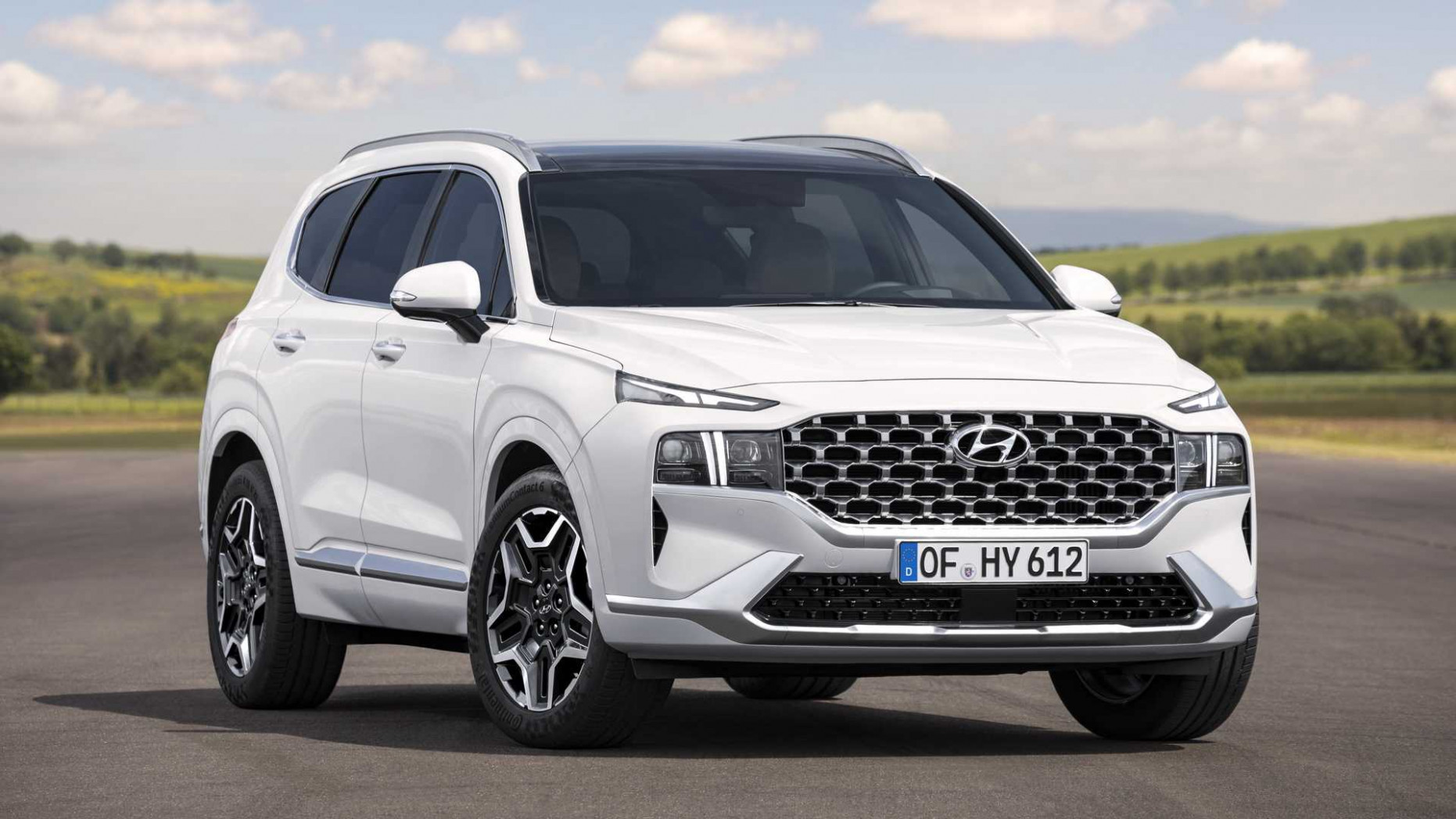 Photos 2022 Hyundai Santa Fe N