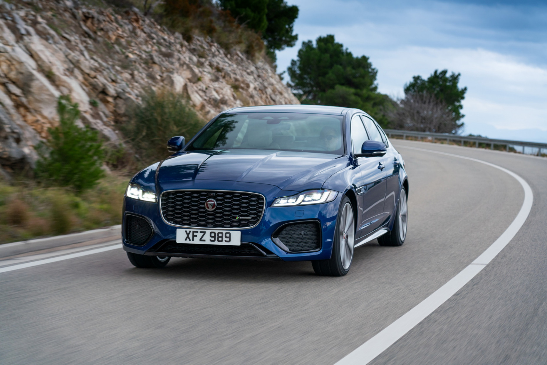 Picture 2022 Jaguar XE