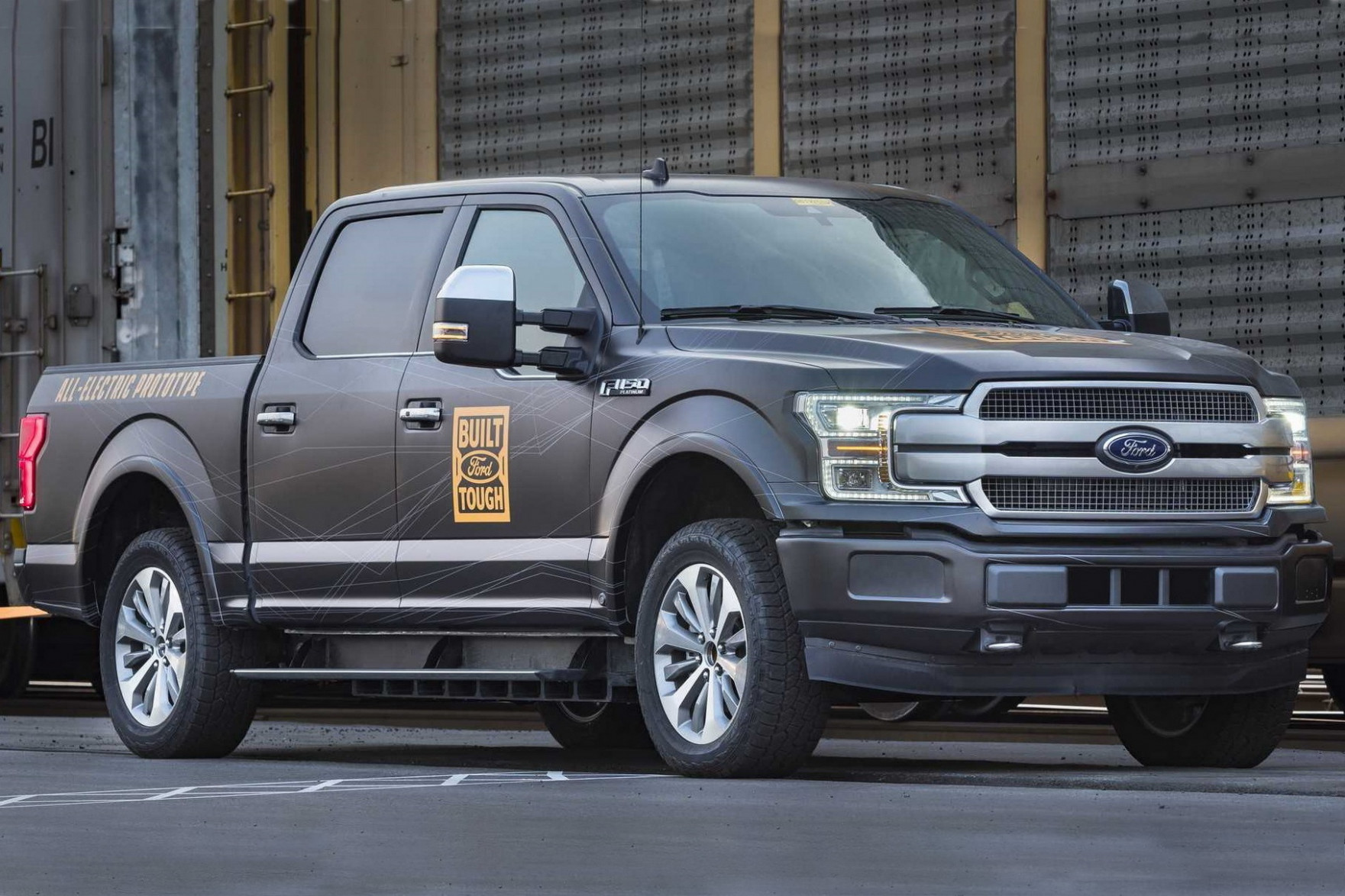 Research New 2022 Ford Atlas