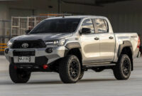 wallpaper toyota hilux 2022 usa