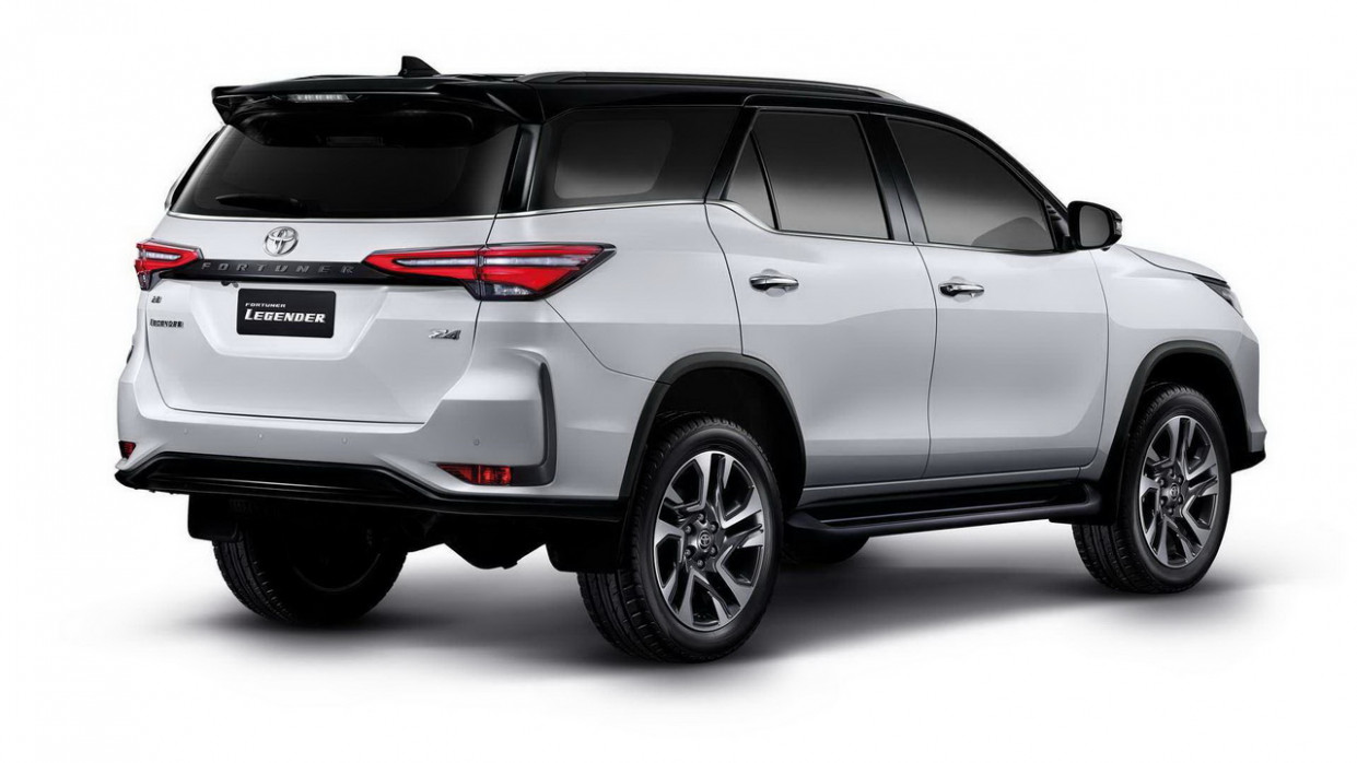 Model Toyota New Fortuner 2022