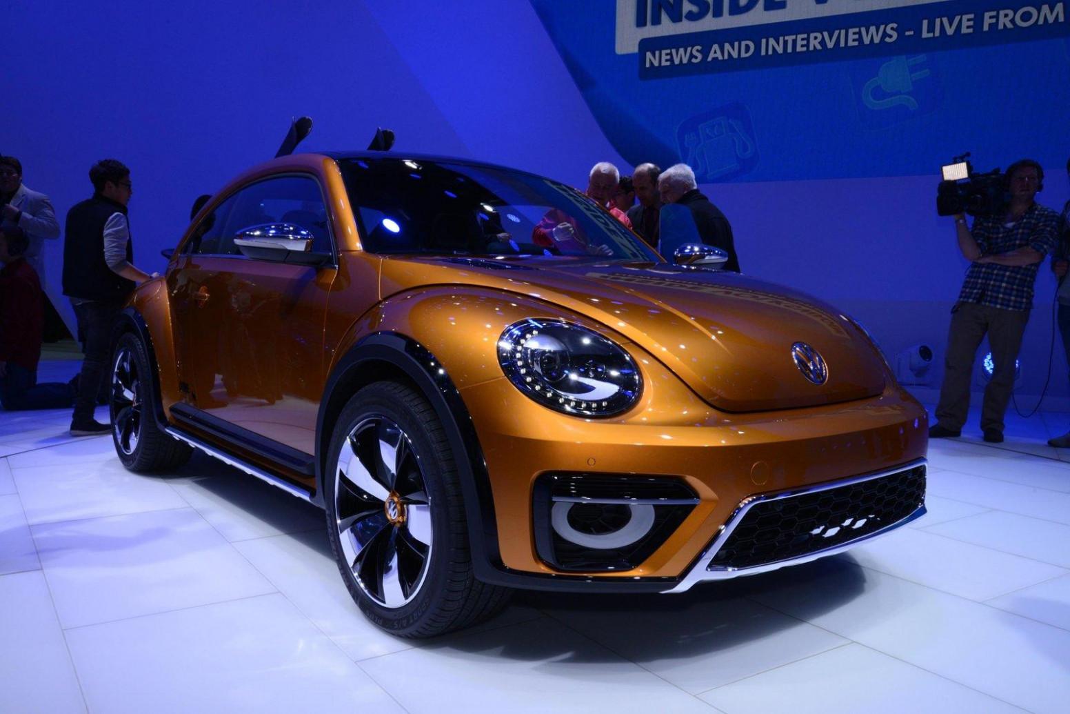 Photos 2022 Volkswagen Beetle Dune