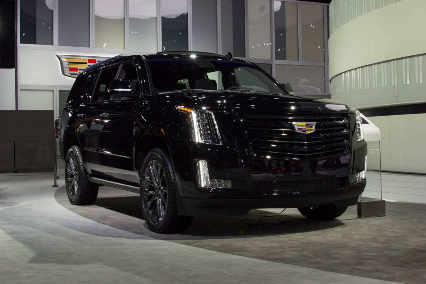 Overview Pictures Of The 2022 Cadillac Escalade
