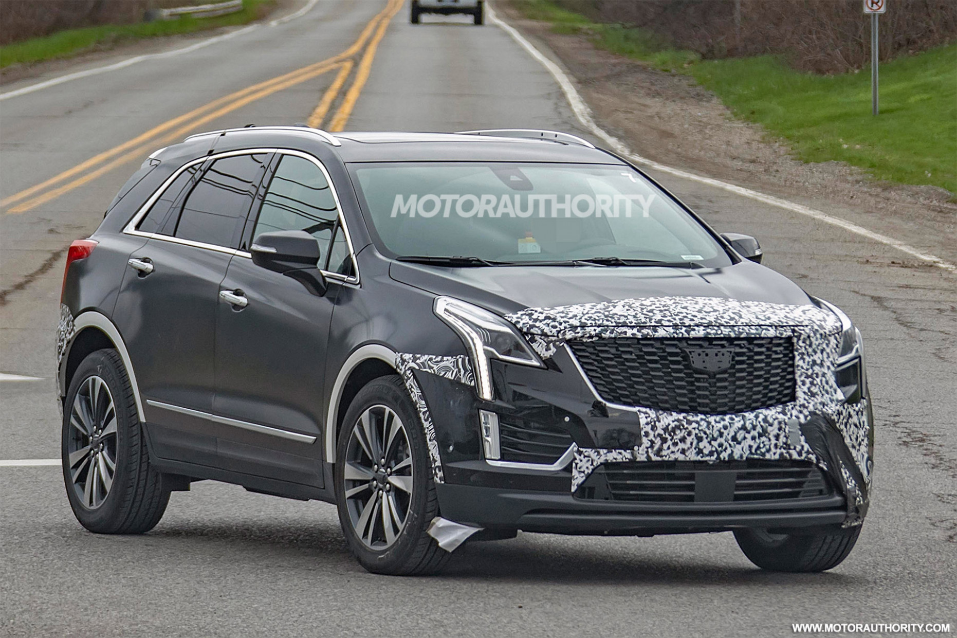 Model 2022 Spy Shots Cadillac Xt5