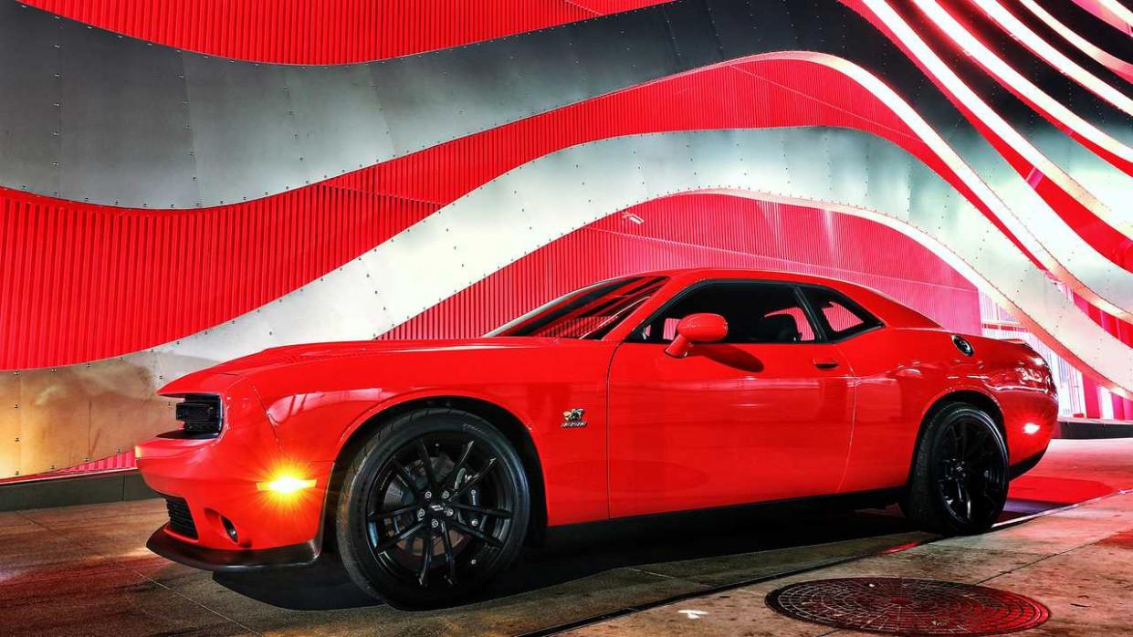 Speed Test New Dodge Challenger 2022