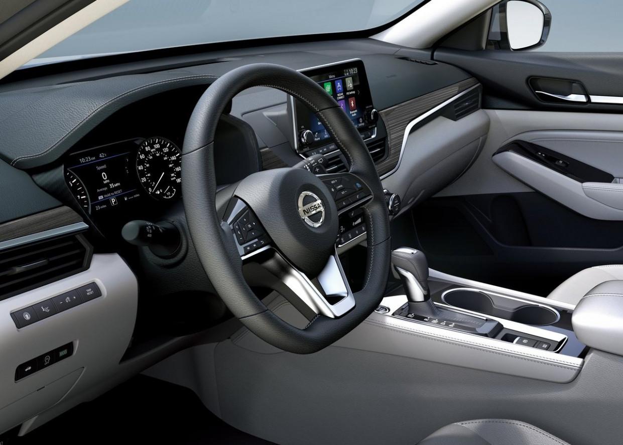 Spesification 2022 Nissan Altima Interior