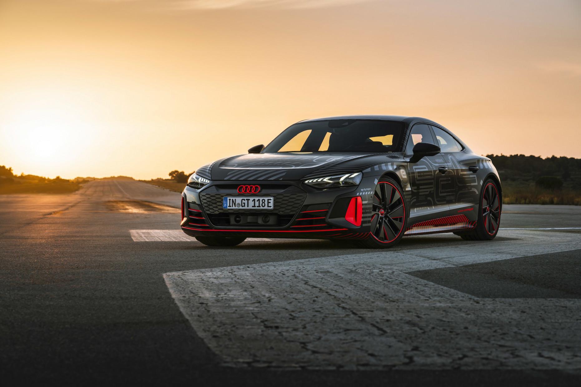 Review 2022 Audi E Tron Suv