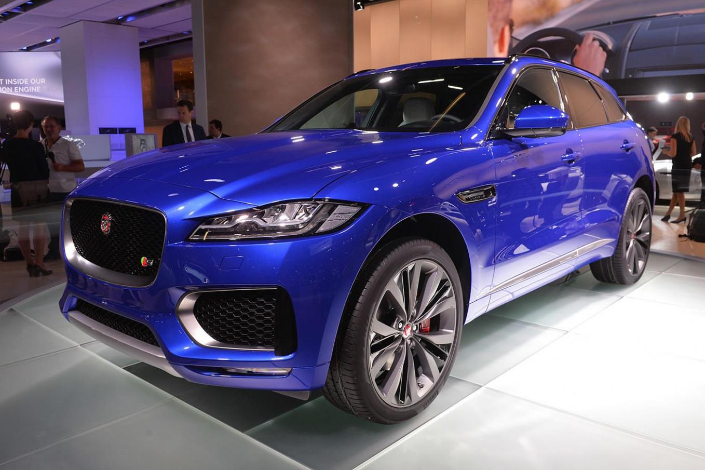 Interior 2022 Jaguar C X17 Crossover