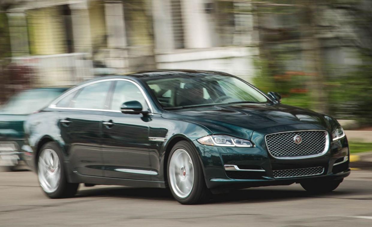 Ratings 2022 All Jaguar Xe Sedan