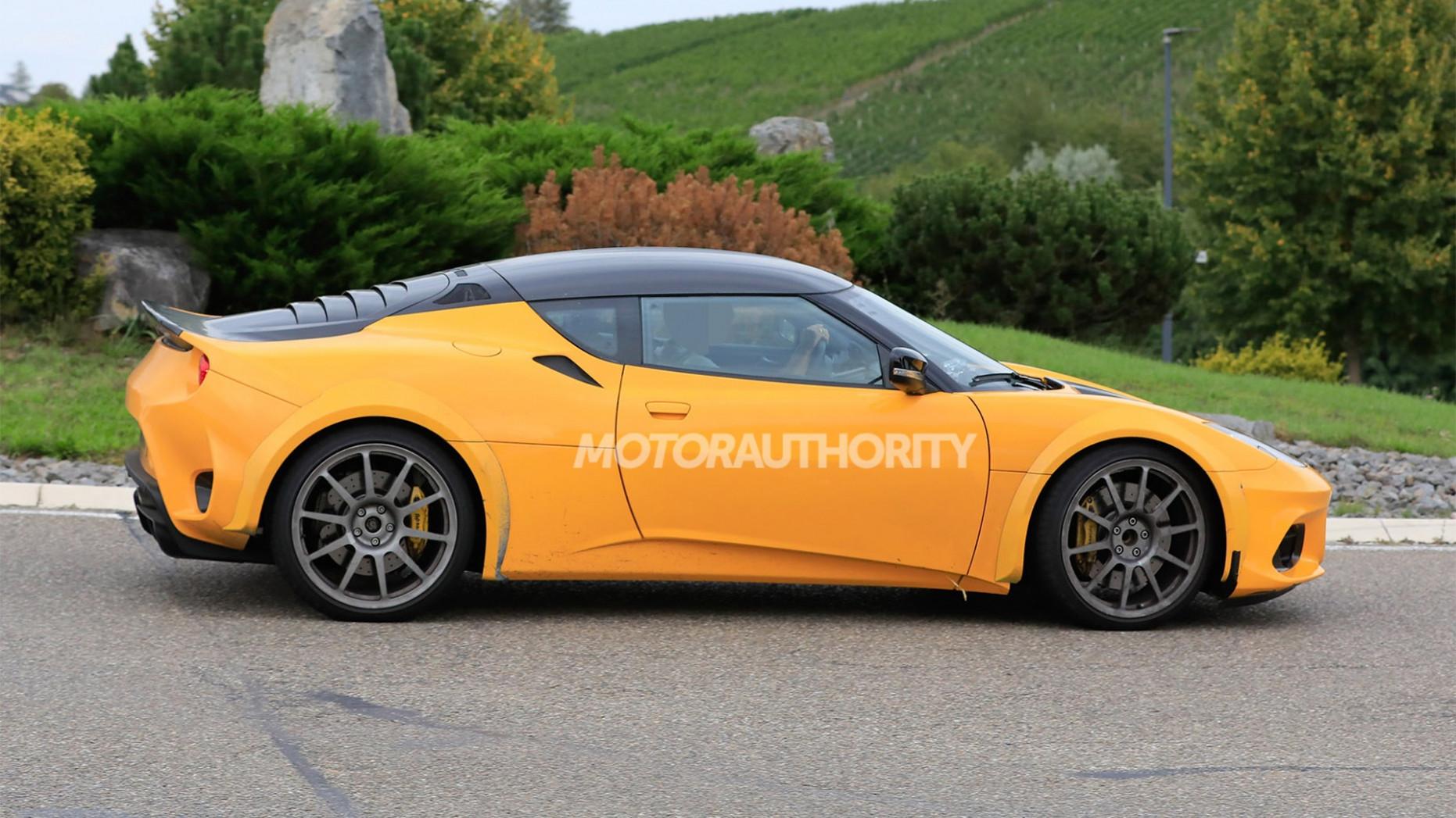 Spy Shoot 2022 Lotus Esprit