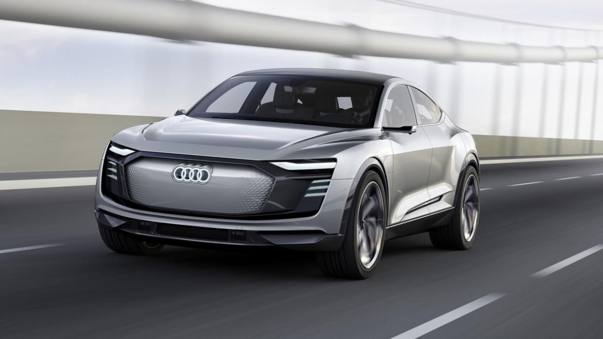 Pictures 2022 Audi E Tron Suv