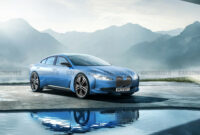 reviews bmw electric vehicles 2022